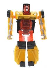 MEGA - Robota Dönüşen Sarı Metal Araba
